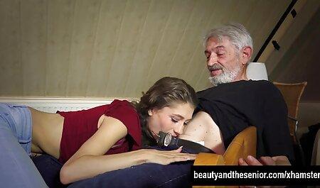 خالکوبی, سگ ماده, وحشیانه, سکس در رختخواب سفید دانلود کلیپ سکسی زیبا