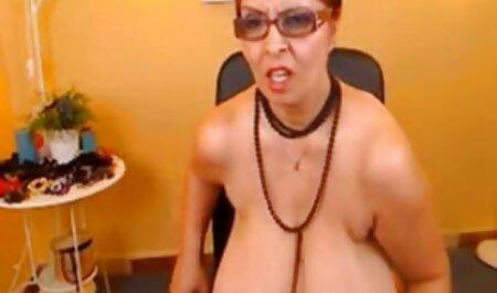 زن آسیایی با بیضه نتراشیده می شود توسط یک مرد در اتاق دانلود کلیپ سگسی عقب