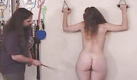بانوی تصمیم دانلود کلیپ های سکسی با لینک مستقیم به نوازش بیدمشک تراشیده زیبا او